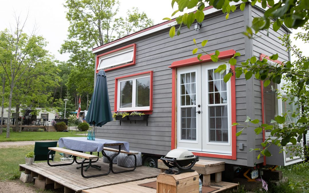 PlacePitch is the Perfect Cash Buyer for a Mobile Home with Land. Here's Why.